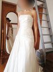 Robe de mariée Pronovias avec voile et jupon neuve