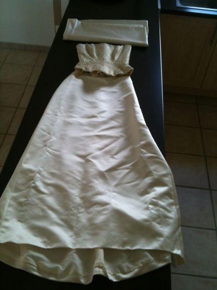 Robe de mariée pas cher Pronovias T.36 corset fils d'or 2012 - Occasion du Mariage