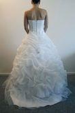 Robe de mariée jamais portée, joli bustier perlé à Paris