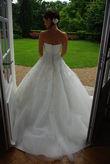 Robe de mariée romantique de créateur espagnol White One pas cher en 2012