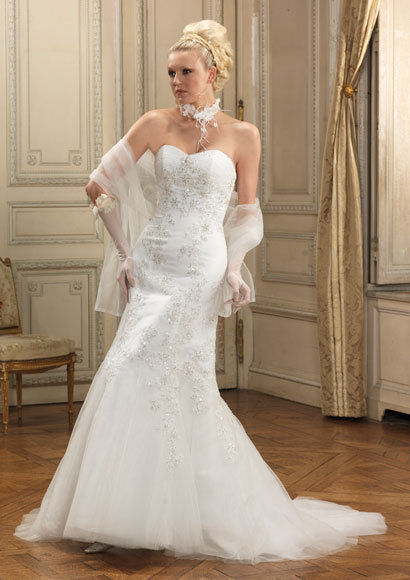 Robe de mariée neuve modèle OPALINE collection 2010 Tomy mariage pas cher
