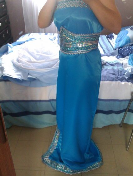 Robe de mariée d'occasion kabyle moderne pour mariage 2012 - Occasion du mariage