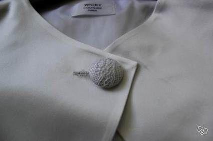 Veste boléro sur mesure neuve en satin de soie