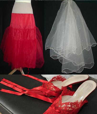 Robe de mariée plissée pas cher 2012 - Occasion du mariage