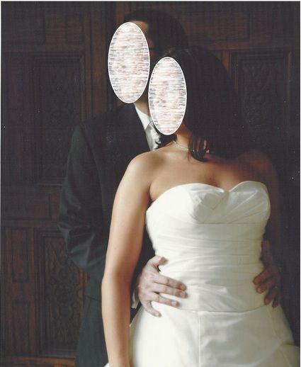 Superbe robe de mariée d'occasion avec bustier coloris champagne.