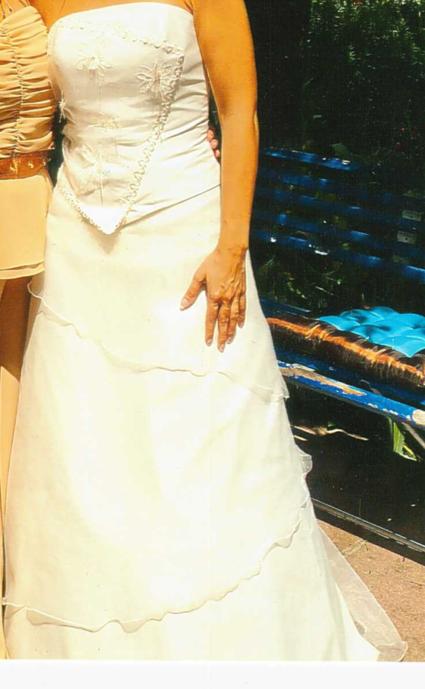 Robe de mariée ivoire d'occasion avec jupon chez Mariage Complice