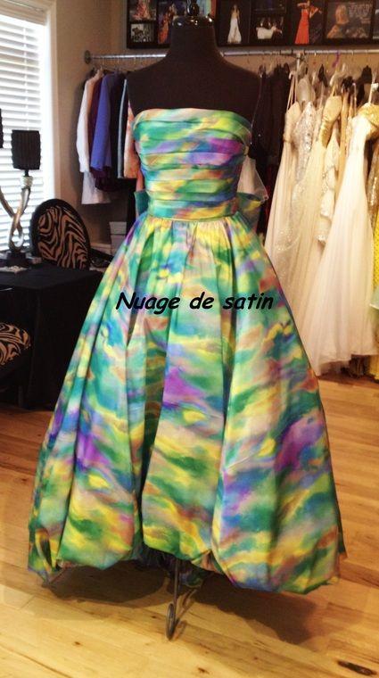 Robe de mariée/fiancée Sherri hill multicouleur Neuve