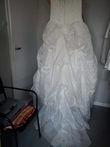 Robe de mariée ivoire avec traine et voile d'occasion en 2013