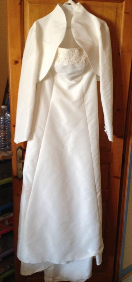 Robe de mariée Pronuptia d'occasion avec boléro et jupon