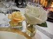 8 Lots 2 roses SIA blanche et pêche dans pots de verre  - Occasion du Mariage