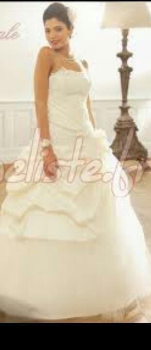 Robe de mariée neuve pas cher + jupon 2012 - Occasion du Mariage