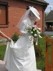 Chapeau de mariage style cavalière avec voile en tulle