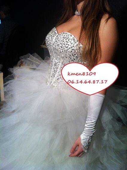 Magnifique Robe de mariée strass jupon + voile + gant