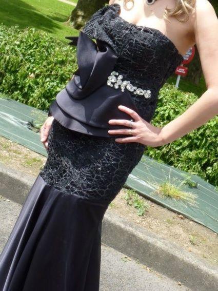 Magnifique Robe de soirée noire d'occasion taille 36