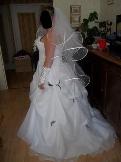 Robe de mariée neuve modèle unique T46 mais ajustable