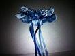 Jarretière de mariée en satin bleu neuve - Occasion du Mariage