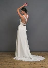 Superbe robe de mariée empire Pronuptia en mousseline ivoire, buste drapé
