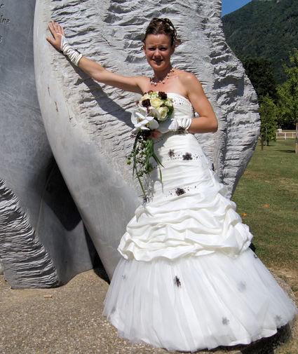 robe de mariage et accessoires th me champ tre ivoire et chocolat. Black Bedroom Furniture Sets. Home Design Ideas