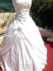 Robe de mariée d'occasion ivoire avec étole en organza