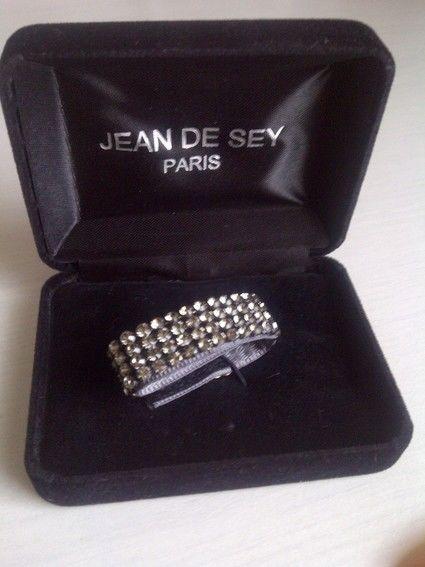 Gilet + cravate + accessoires de mariée marque Jean de Sey - Occasion du Mariage