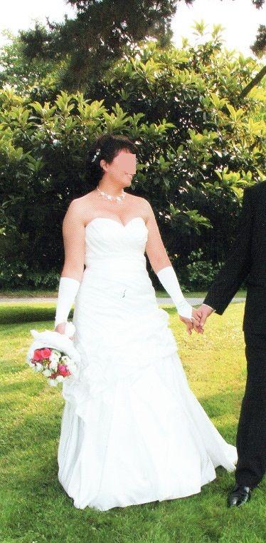 SUPERBE robe de mariée pour rondes d'occasion