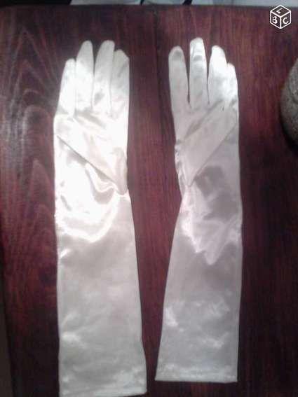 gants ivoire neufs - Alpes Maritimes