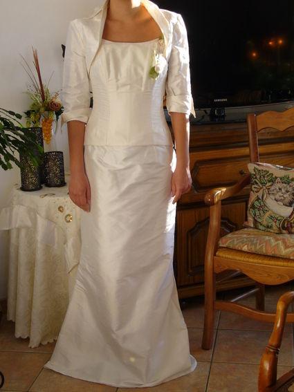 Robe de mariée marque Sublissima modèle Sirène en soie naturelle