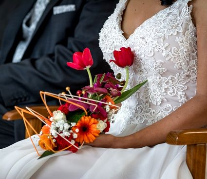 Robe de mariée luxe T38 unique avec traîne rétractable - Ile et Vilaine