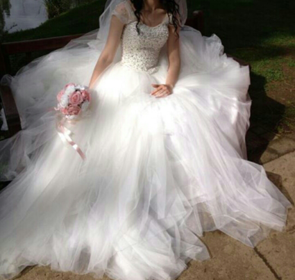 Robe de mariée princesse avec strass Swarovski à Montbéliard