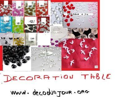 Décoration de table de mariage, diamants, pétales - Occasion du Mariage