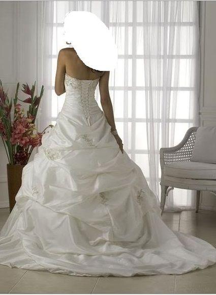 robe de mariee taille 40 pas cher d'occasion 2012 - Picardie - Aisne - Occasion du Mariage