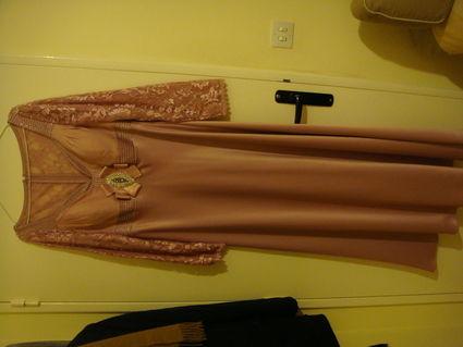 Robe de soirée en satin et dentelle rose pas cher d'occasion 2012 - Ile de France - Paris - Occasion du Mariage