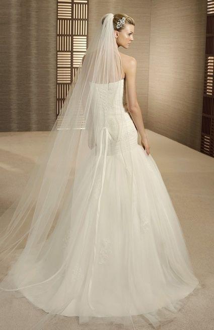 Robe de mariée en location Turner de Pronovias à l'occasion de votre mariage