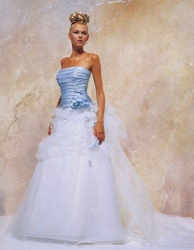 Robe de mariée pas cher Hervé Mariage d'occasion 2012 - Occasion du mariage