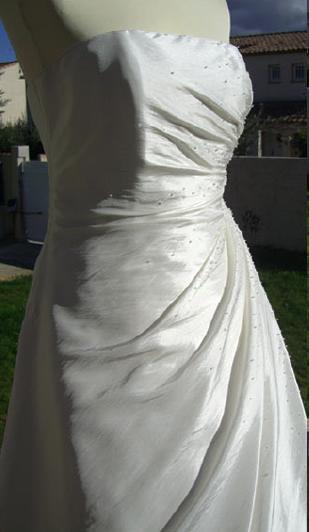 Robe de mariée Jouvence à Perpignan avec jupon pas cher en 2013