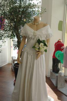 Location Robe de mariée pas cher Alsace 2012 - Occasion du mariage