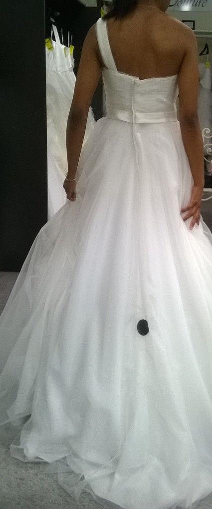 robe de mari e chic originale garonne haute. Black Bedroom Furniture Sets. Home Design Ideas