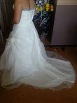 robe de mariée ivoire avec petite traîne - Occasion du Mariage
