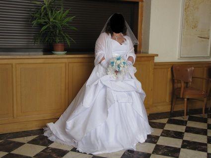 Robe de mariée collection Pia Benelli 2013 d'occasion