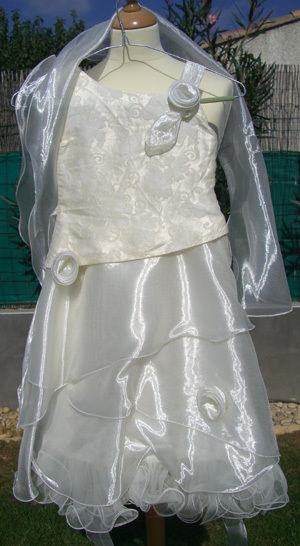 Robe de cérémonie pour enfant pas cher d'occasion 2012 - Languedoc Roussillon - Hérault - Occasion du Mariage
