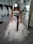 Robe mariée ivoire clair et noire d'occasion en 2013