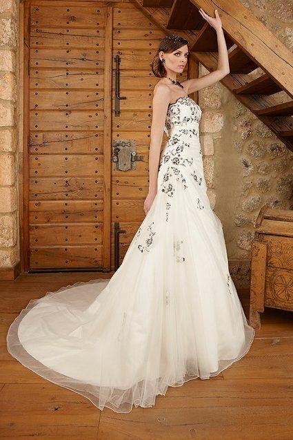 Robe de mariée d'occasion Lise Saint Germain 2012 - Occasion du mariage