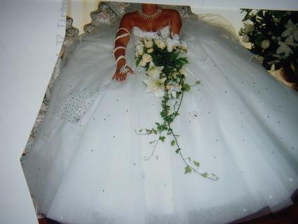 Robe de mariée pas cher 2012 - Occasion du Mariage