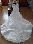 Très joli robe de mariage, joli détail - Drôme