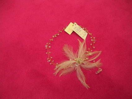 Collier de Créateur avec plume Etat Neuf ILO49 pour mariage