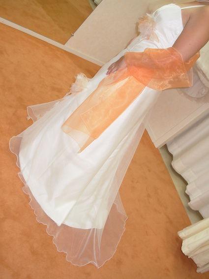 Robe de mariée jupe + étole + bustier pas cher en 2012 - Occasion du Mariage