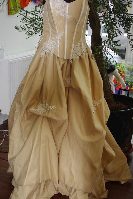 Robe de mariée cappuccino d'occasion et pas cher Alsace 2012 - Occasion du mariage