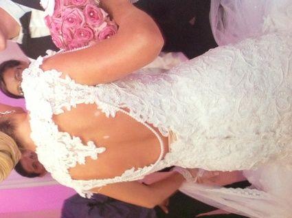 Robe de Mariée fourreaux en dentelle d'occasion sur mesure à Paris