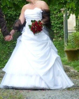 Robe bustier blanche touche de noir - Calvados