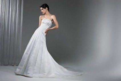 Robe de mariée pas cher Pilar collection Roberto Torreta 2012 - Occasion du mariage